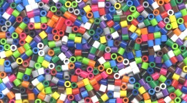 Beads Wallpaper For IPhone