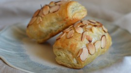 Croissants With Chocolate High Quality Wallpaper