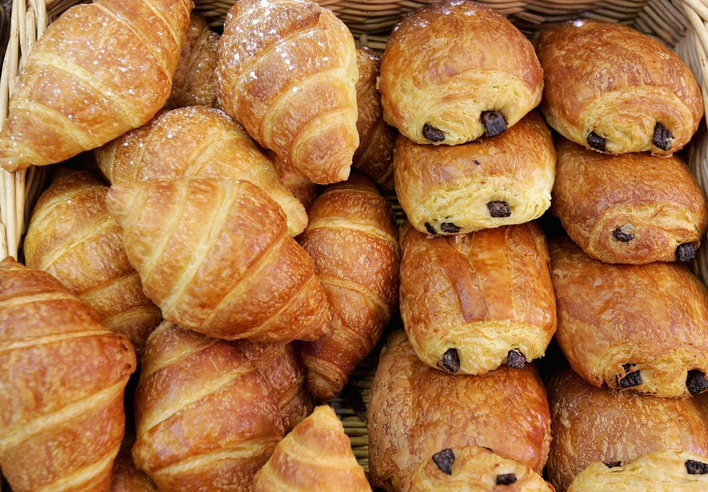 Croissants With Chocolate wallpapers HD