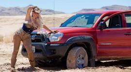 Girls Driving Jeeps Desktop Wallpaper For PC