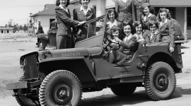 Girls Driving Jeeps Photo