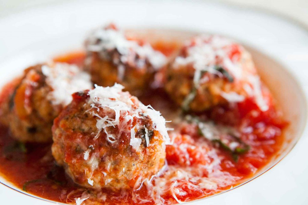 Meatballs In Tomato Sauce wallpapers HD