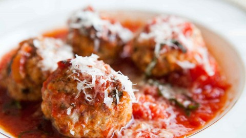 Meatballs In Tomato Sauce wallpapers high quality