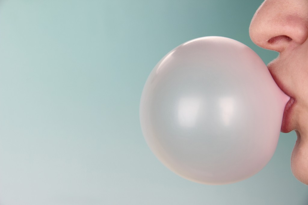 Bubbles Of Chewing Gum wallpapers HD