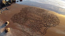Drawing Pictures In The Sand Best Wallpaper