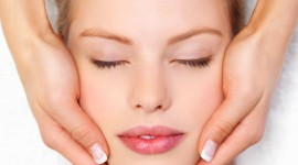 Face Massage Wallpaper For IPhone