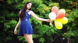 Girl With Balloon Desktop Wallpaper For PC