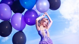 Girl With Balloon Photo Download