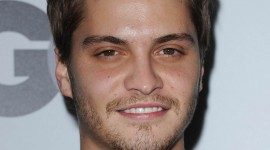 Luke Grimes Wallpaper Gallery