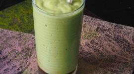 Milkshake With Avocado Wallpaper For IPhone 6 Download