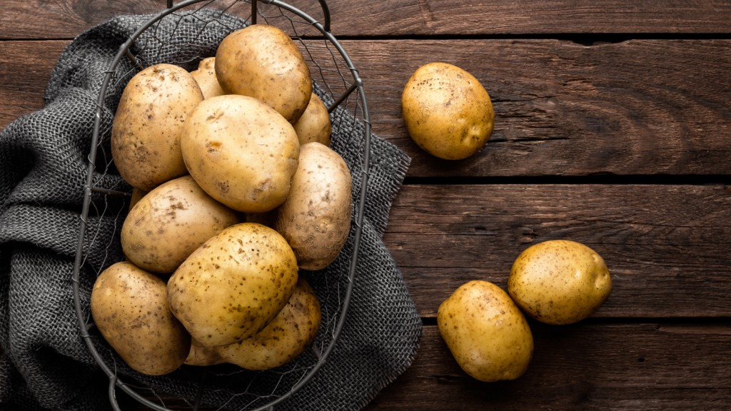 Peeling Potatoes wallpapers HD