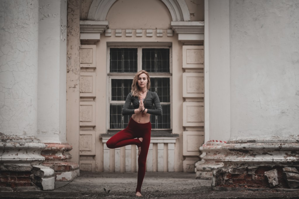 Yoga On The Street wallpapers HD
