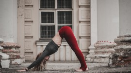 Yoga On The Street Wallpaper For PC