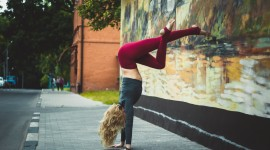 Yoga On The Street Wallpaper HD