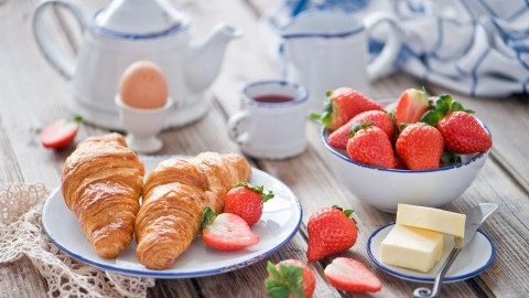 4K Croissants wallpapers high quality