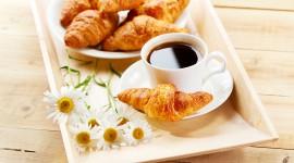 4K Croissants Photo#1