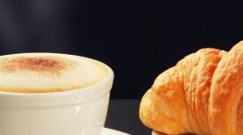 4K Croissants Wallpaper For Mobile