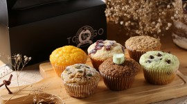 4K Muffins Desktop Wallpaper
