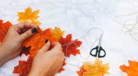 Diy Autumn Leaf Garland Photo