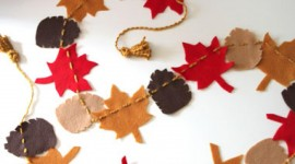 Diy Autumn Leaf Garland Wallpaper Download