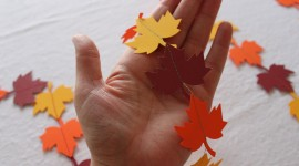 Diy Autumn Leaf Garland Wallpaper Free