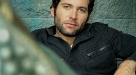 Eion Bailey Wallpaper For IPhone