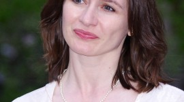 Emily Mortimer Wallpaper For IPhone