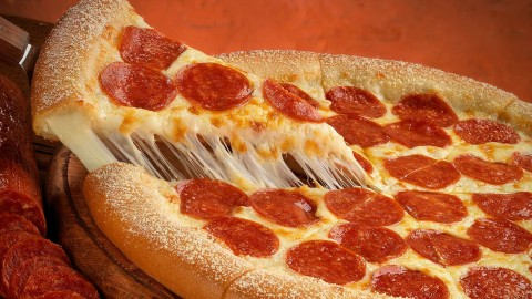 Pepperoni Pizza wallpapers high quality