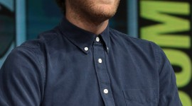 Thomas Middleditch Wallpaper For IPhone
