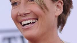 Emma Thompson Wallpaper For IPhone Free