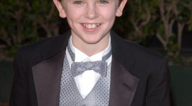 Freddie Highmore High Quality Wallpaper