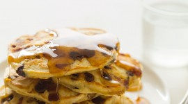 Pancakes With Maple Syrup Wallpaper For IPhone