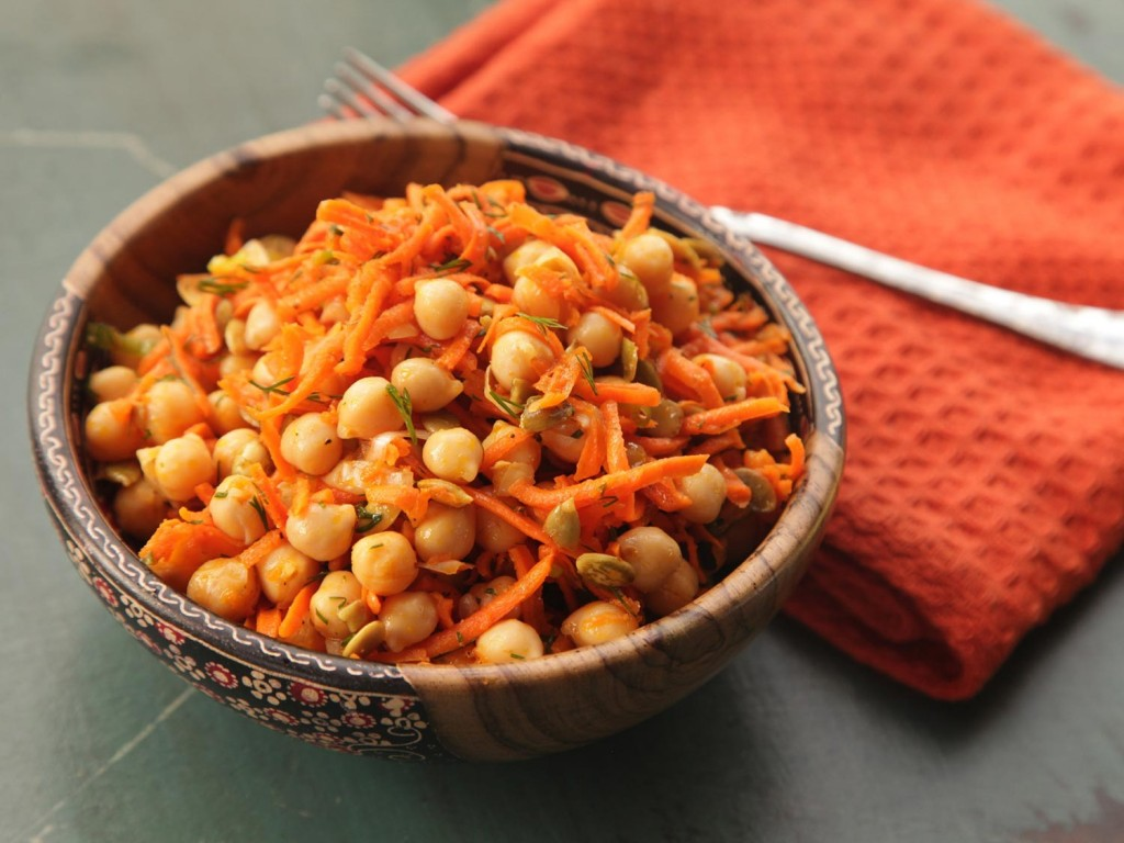 Salad With Chickpeas wallpapers HD