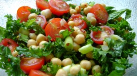 Salad With Chickpeas Wallpaper For PC