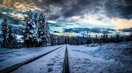 4K Train Rail Wallpaper Download Free