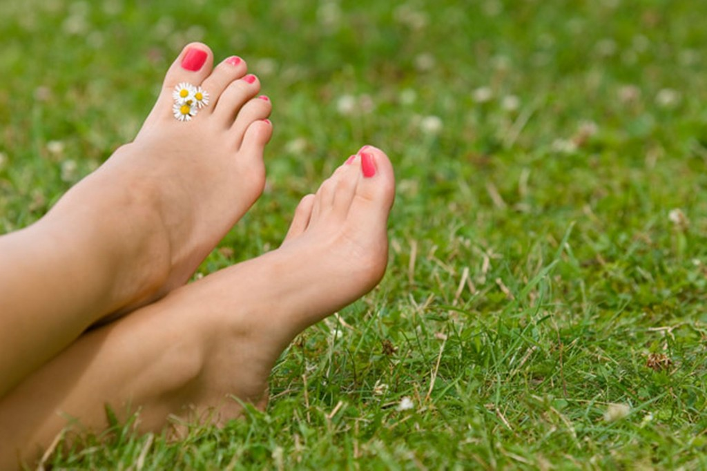 Barefoot On Grass wallpapers HD