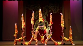 Chinese Circus Wallpaper Free