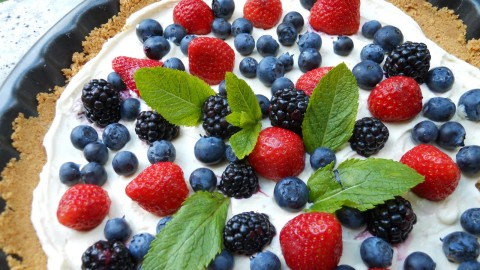 Curd Cream With Fruit wallpapers high quality