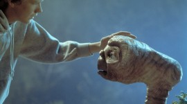 E.T. The Extra-Terrestrial Aircraft Picture