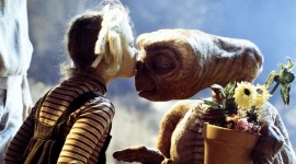 E.T. The Extra-Terrestrial Image Download