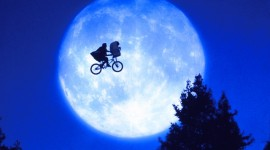 E.T. The Extra-Terrestrial Wallpaper Free