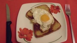 Fried Eggs In Bread Wallpaper HQ