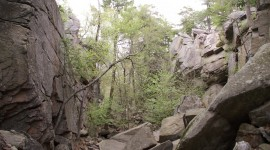 Purgatory Chasm Desktop Wallpaper HD