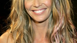 Elle Macpherson Wallpaper For IPhone 6 Download