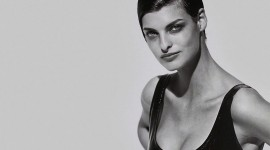 Linda Evangelista Wallpaper For Desktop