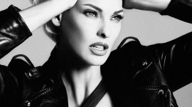 Linda Evangelista Wallpaper For IPhone 6 Download