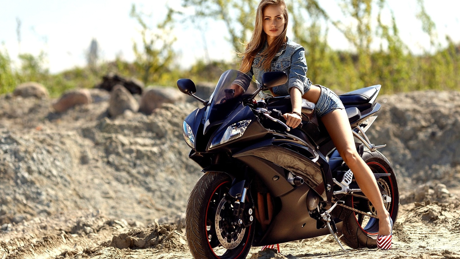 4K Girl On A Motorcycle Wallpapers High Quality