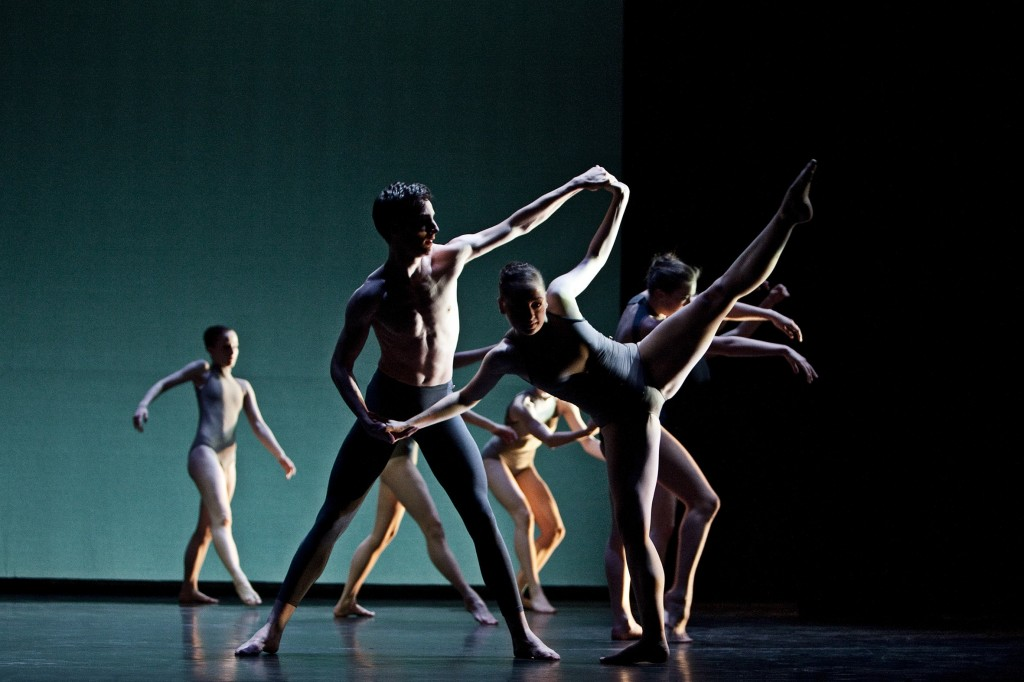 Dance Performance wallpapers HD