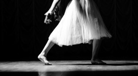 Dance Performance Wallpaper For IPhone