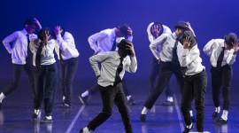 Dance Performance Wallpaper Full HD